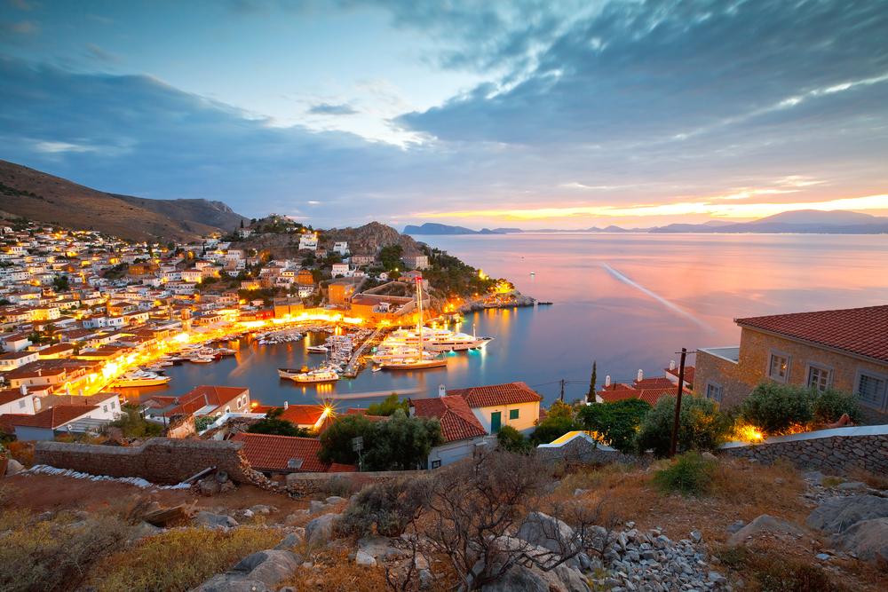 Красота + анархия: греческий остров, который прославил Леонард Коэн.Вокруг Света. Украина