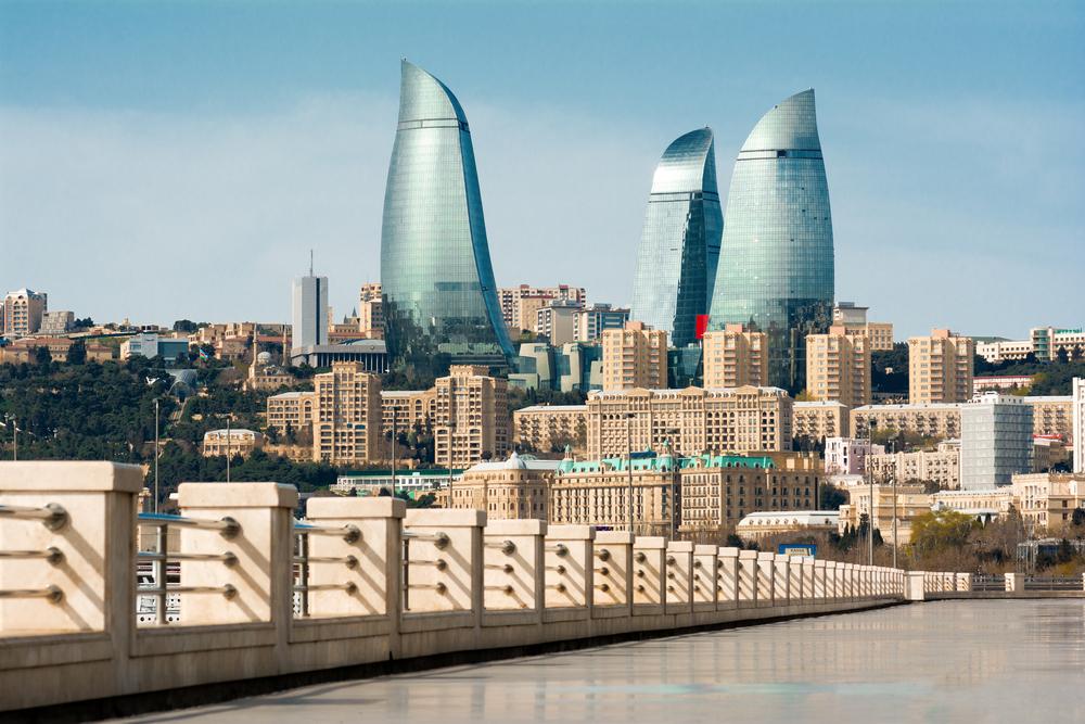 Азербайджанский ковер: роскошь, Заратустра и пахлава