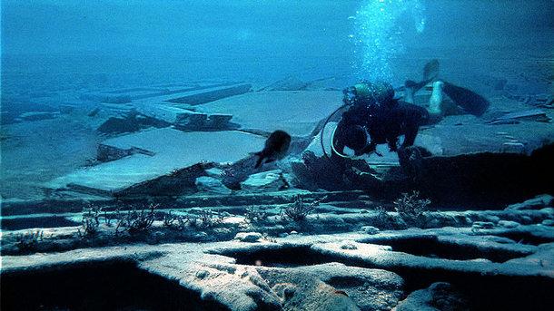Ученые нашли смытый цунами древний город
