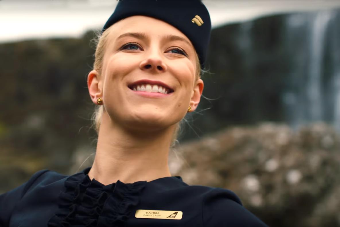 Шоу начинается! Исландские авиалинии развлекают пассажиров театральными постановками.Вокруг Света. Украина