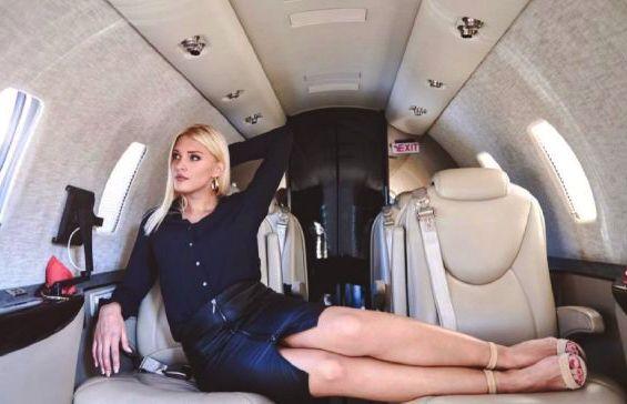 Кому частный самолет для создания иллюзии шикарной жизни?