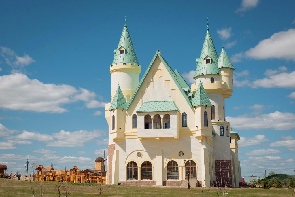Подорож навколо Києва: 10 місць, які варто відвідати восени