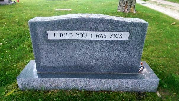 Бессмертное чувство юмора: 15 надгробий со смешными надписями