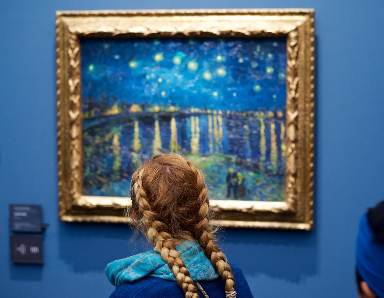 Австрийский фотограф видит посетителей музеев  частью картин