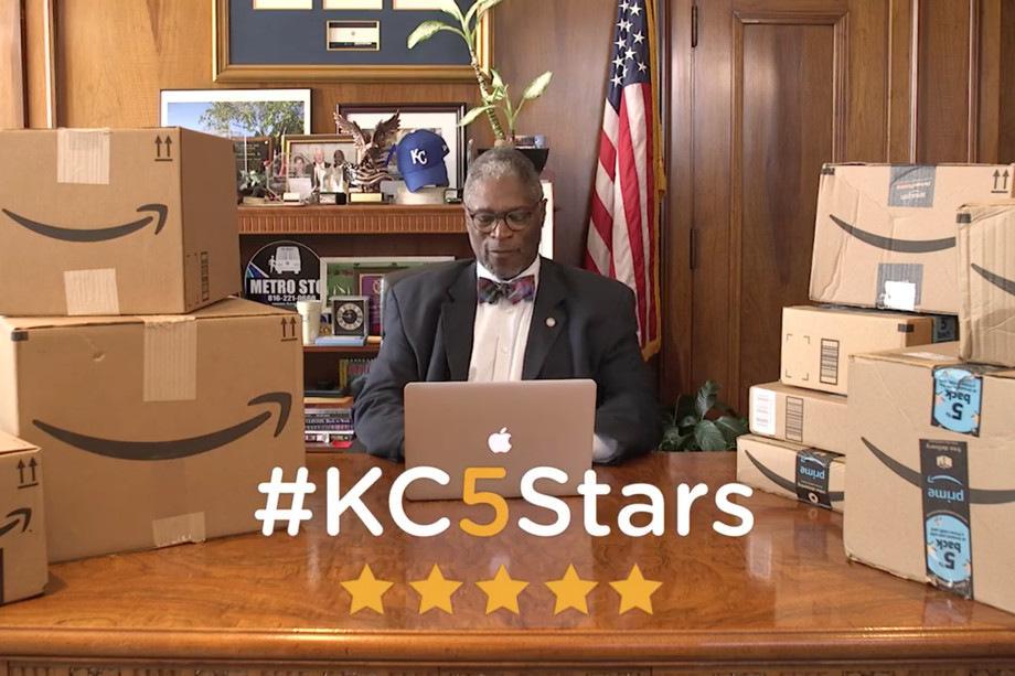 Битва за Amazon: мэр Канзас-Сити оставил тысячу комментариев о покупках