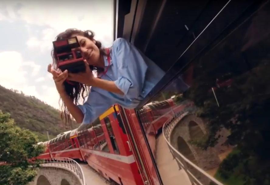 Равшана Куркова снялась в Instagram-сериале о Швейцарии