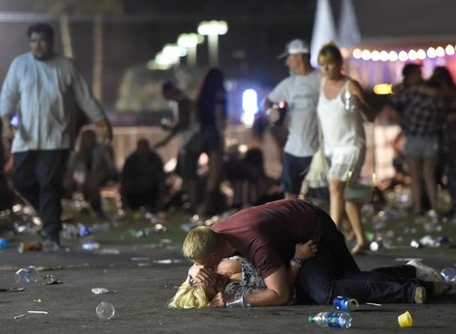 Стрельба в Лас-Вегасе: число погибших возросло до 50 человек (видео)