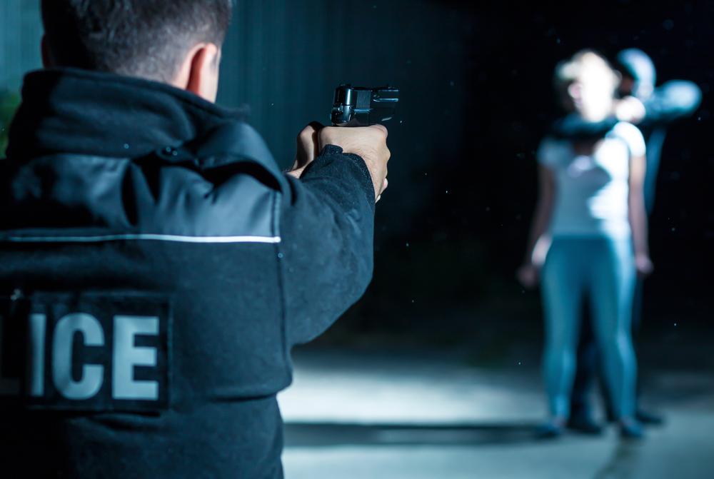 Стоп! Снято! В США полиция чуть не застрелила актера, игравшего грабителя