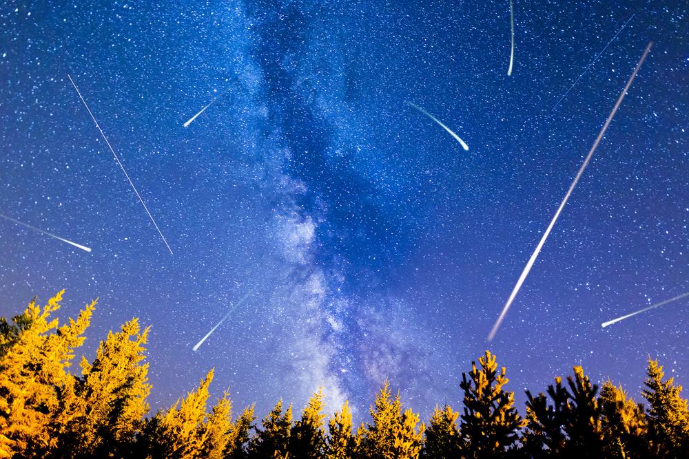 Сегодня ночью над Украиной прольется метеоритный дождь
