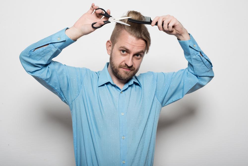 Когда лучше стричь волосы?