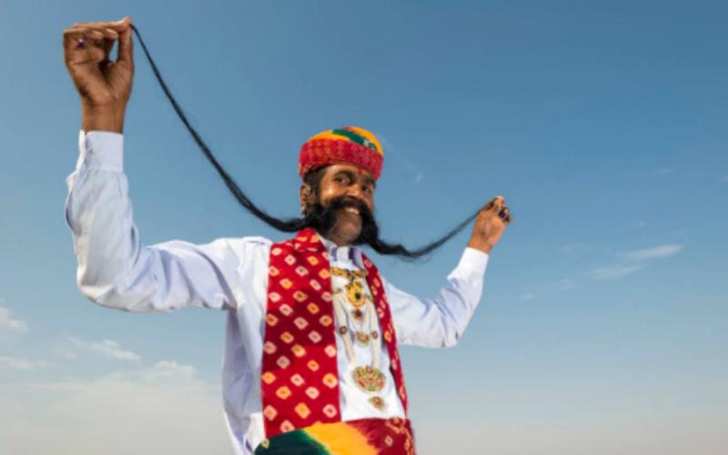 В Индии неприкасаемые отстаивают право на усы