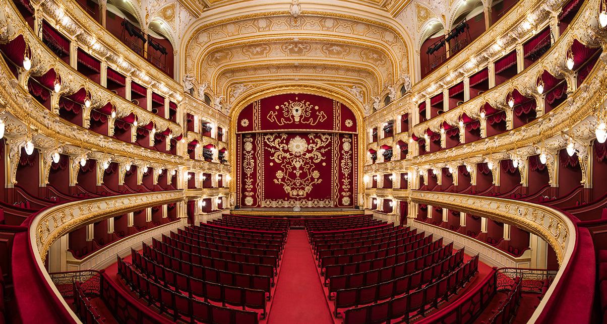 Google создал 3D-тур по оперным театрам Украины.Вокруг Света. Украина