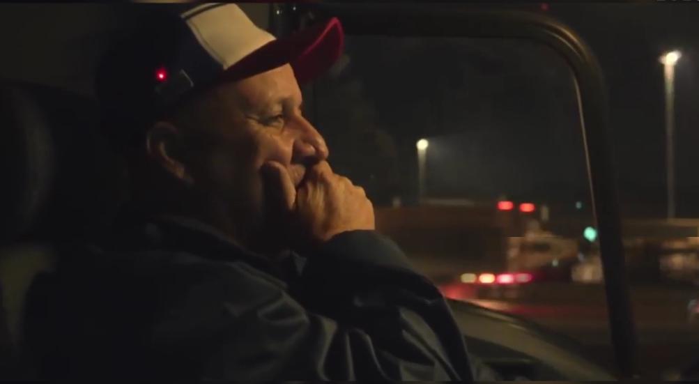 Умная кепка для водителей не дает заснуть за рулем
