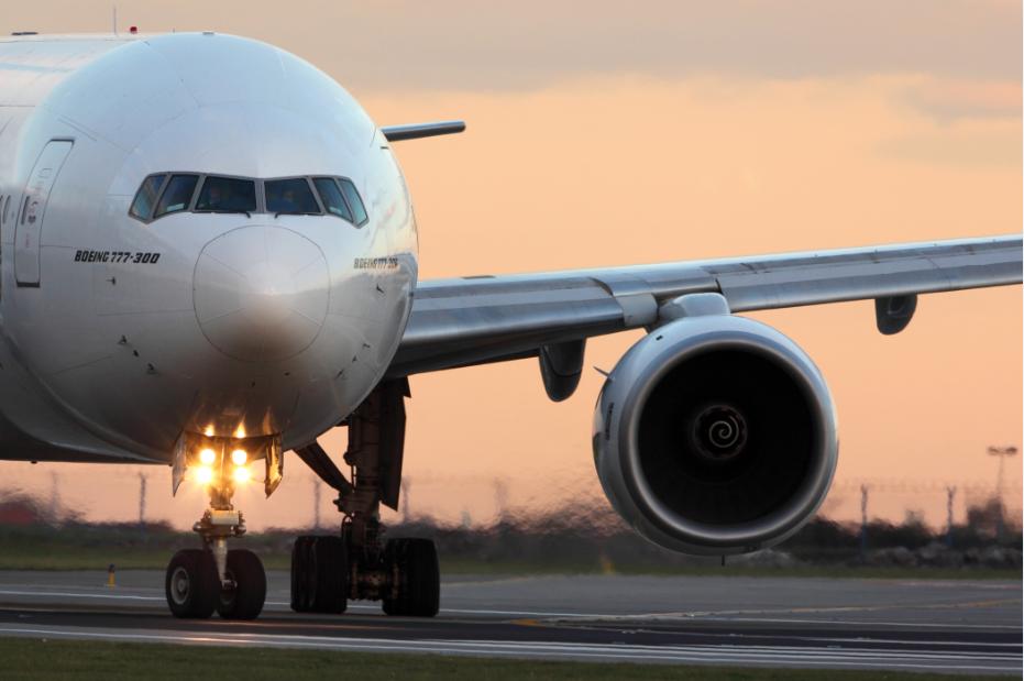 МАУ будет использовать Boeing 777 на дальних рейсах