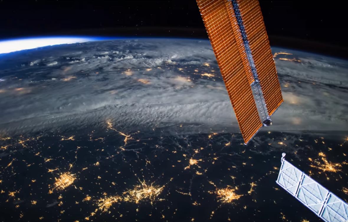 Астронавты NASA показали, как звучит тишина (видео)