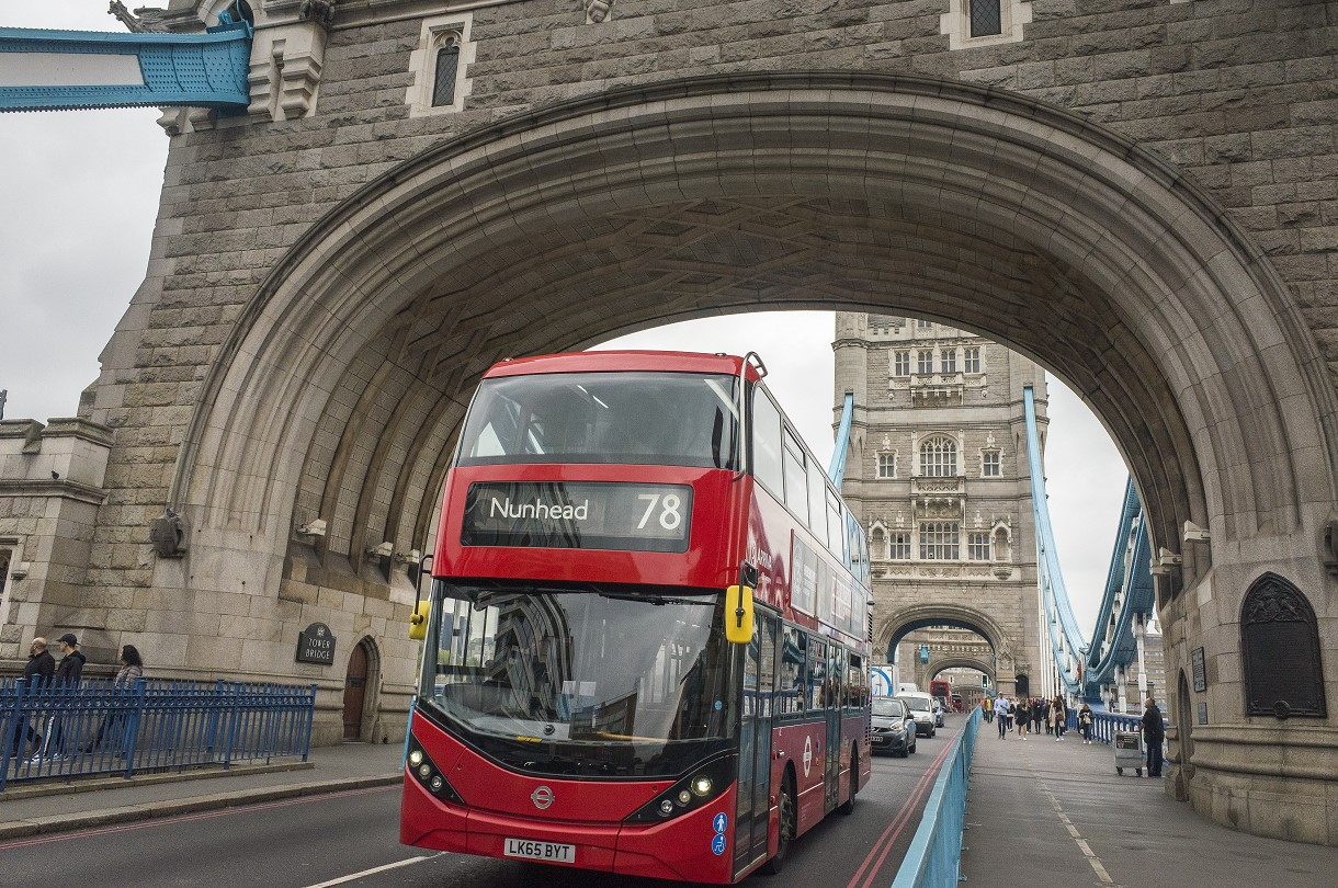 В Лондоне автобусы будут ездить на кофейной гуще