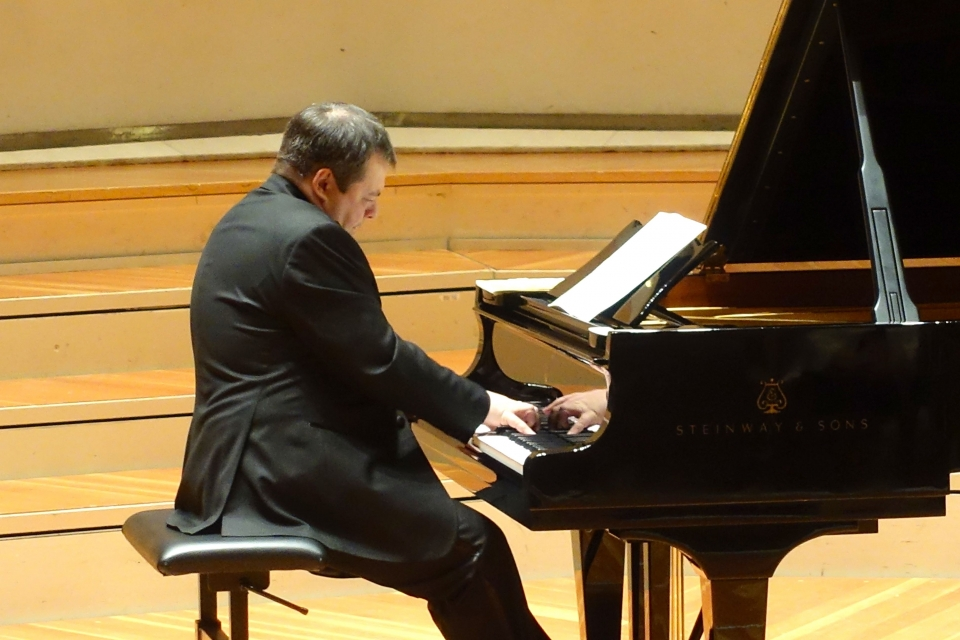 Украинский пианист установил мировой рекорд по Баху
