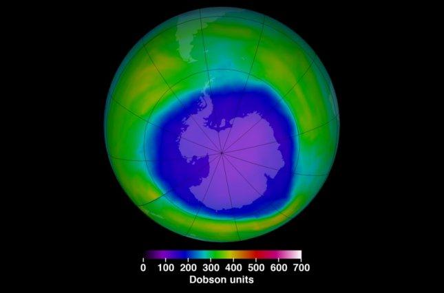 Над Антарктикой уменьшилась озоновая дыра