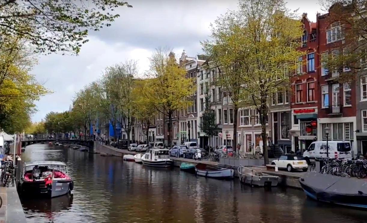 Кексы с марихуаной, кофешопы и игрушки для взрослых. А за чем вы едете в Амстердам?
