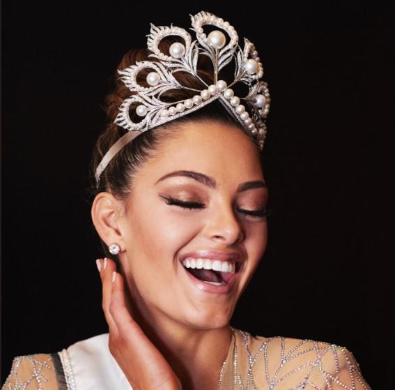 «Мисс Вселенной-2017» стала тренер по самообороне из ЮАР