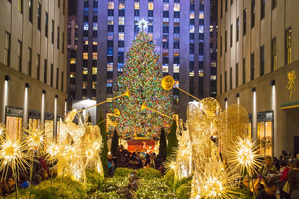 Главная ёлка Нью-Йорка 2017: 10 историй о рождественском дереве в Рокфеллеровском центре