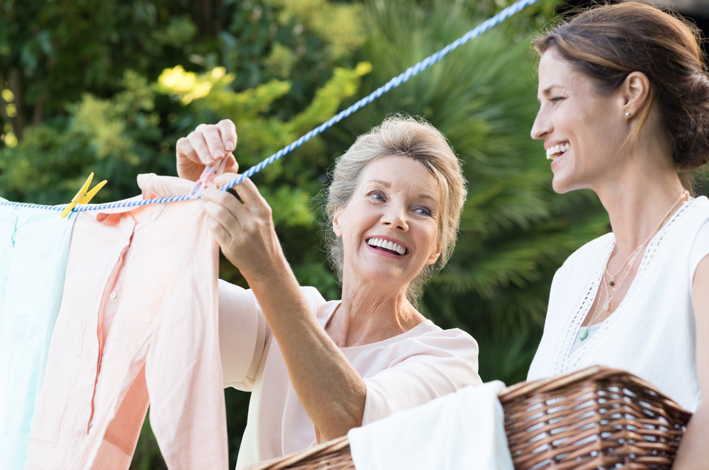 Стирка и мытье посуды продлевает женщинам жизнь: ученые
