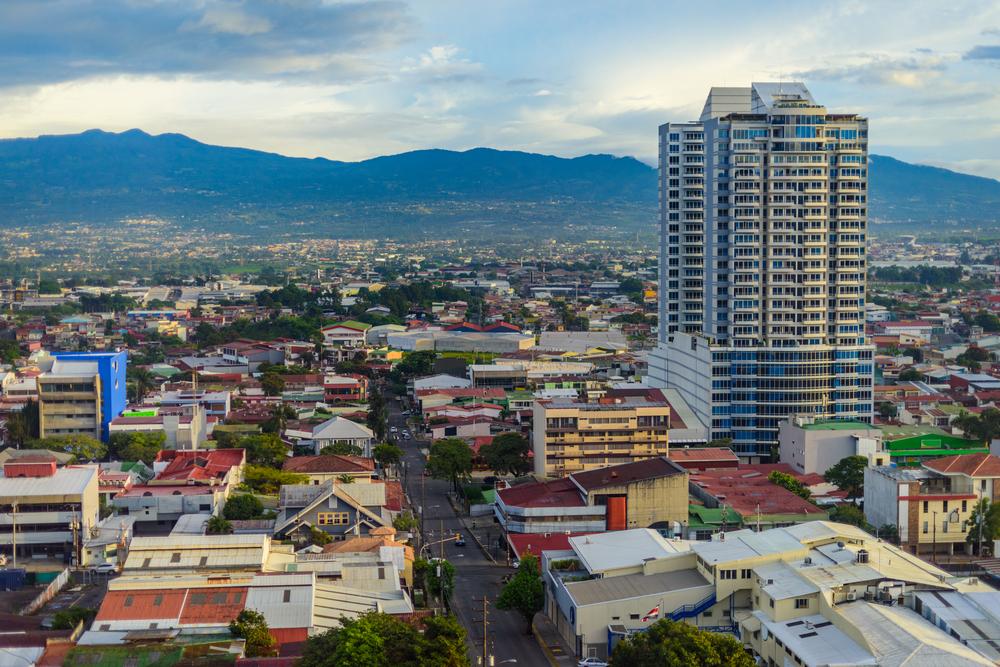 Коста-Рика почти год не использовала уголь и газ