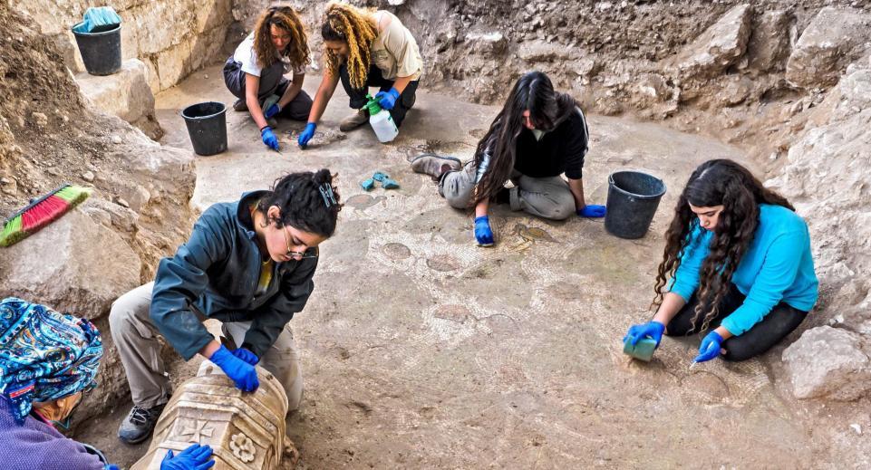 Израильские археологи обнаружили сокровища византийских христиан