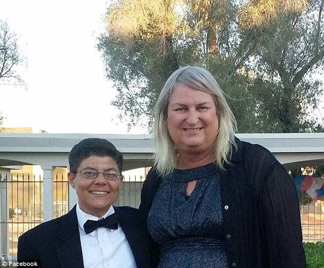 Американцы из одной семьи в полном составе оказались трансгендерами