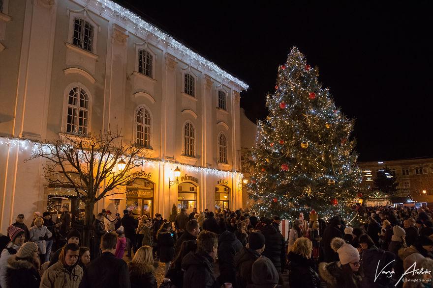 Как встречают Рождество в Секешфехерваре, столице Венгерского королевства