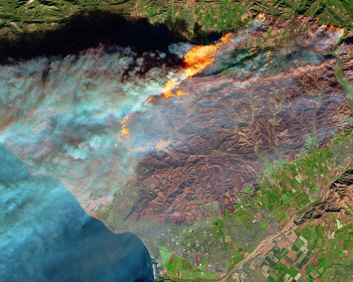 Как выглядит пожар в Калифорнии из космоса: фото ЕSA