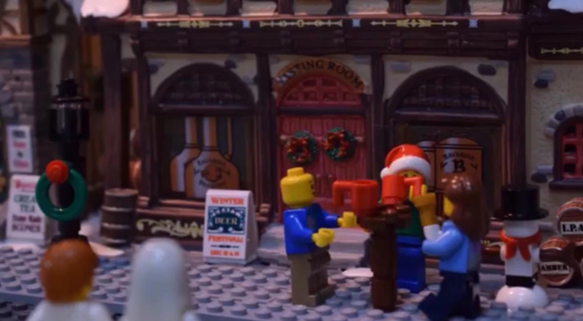 Британское посольство попросило соотечественников не пьянствовать в ОАЭ мультфильмом с лего-человечками