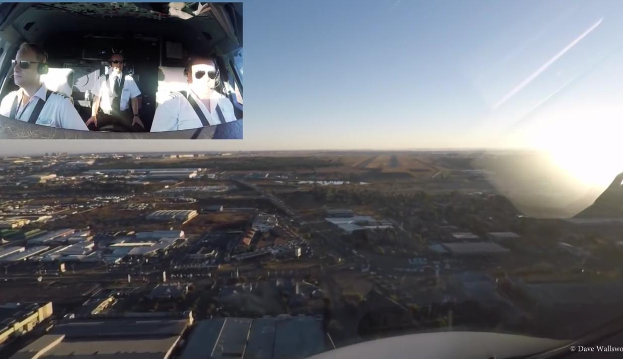 Вид на посадочную полосу с кок-пита: пилот British Airways снял посадку в Йоханнесбурге
