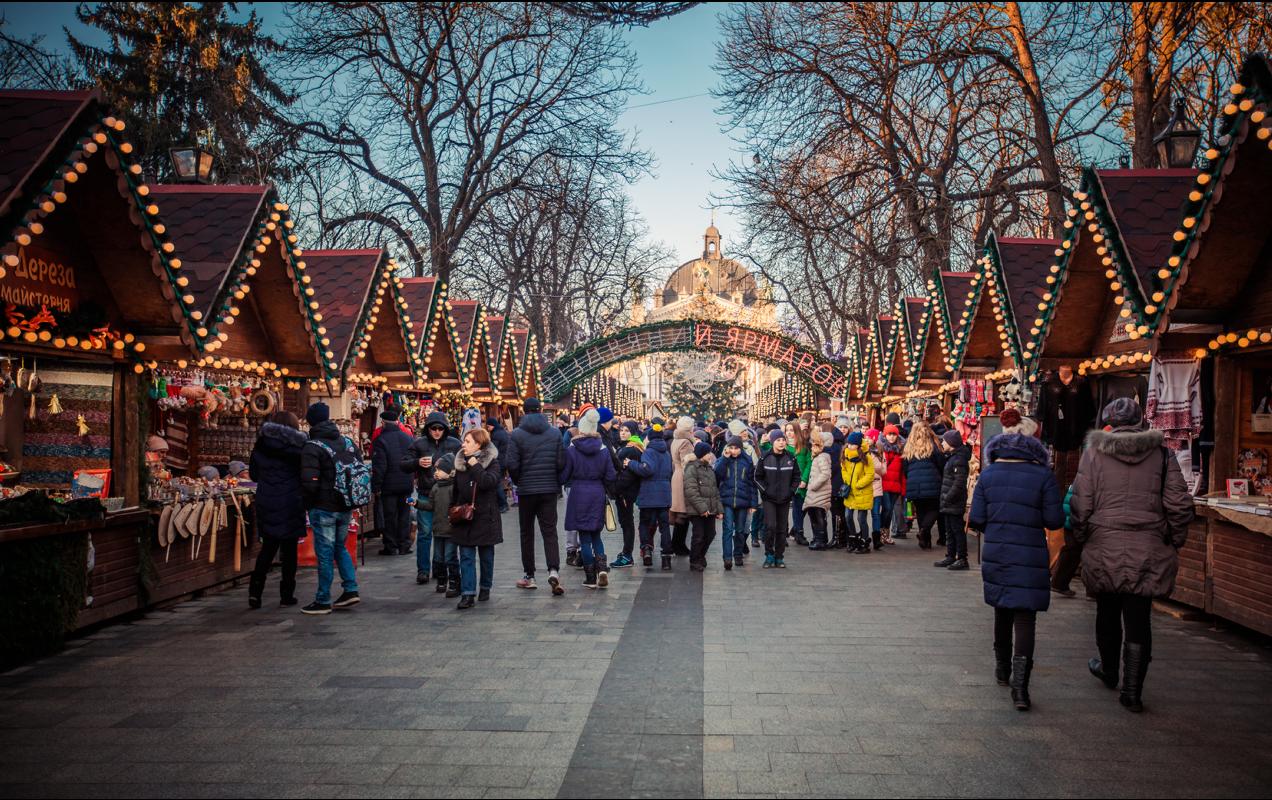 Казки, замки, гори, автентика: 10 цікавих турів по Україні на Новий рік