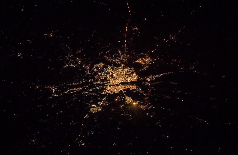 Паутина огней: взгляд на ночной Киев из космоса
