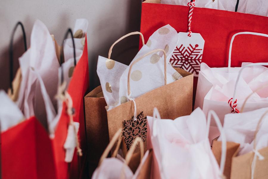 Что делать с новогодними подарками, которые вам не подошли?
