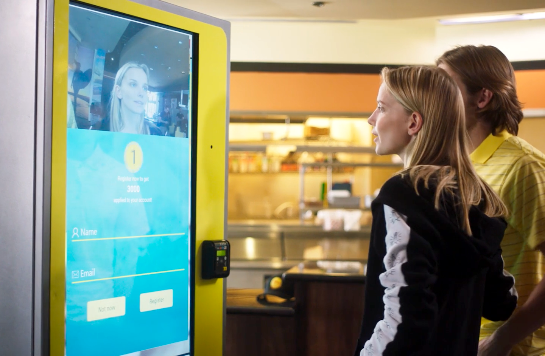 В американском ресторане появился автомат с искусственным интеллектом.Вокруг Света. Украина