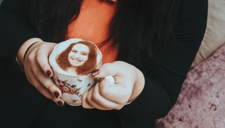 В Лондоне подают селфи-кофе