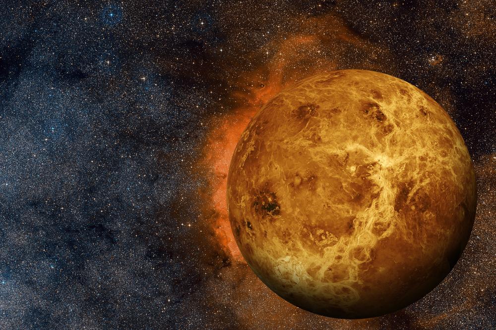 Венера - не мертвая планета, утверждают астрономы