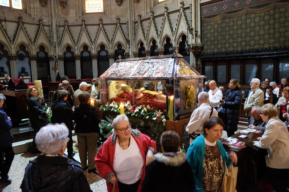 В Ватикане ужесточили правила использования останков святых
