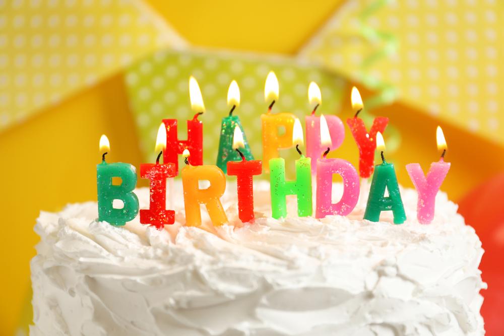 Люди стареют, потому что отмечают дни рождения