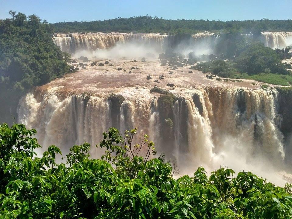 Игуасу в Аргентине: водопады, водопады, а я маленький такой!