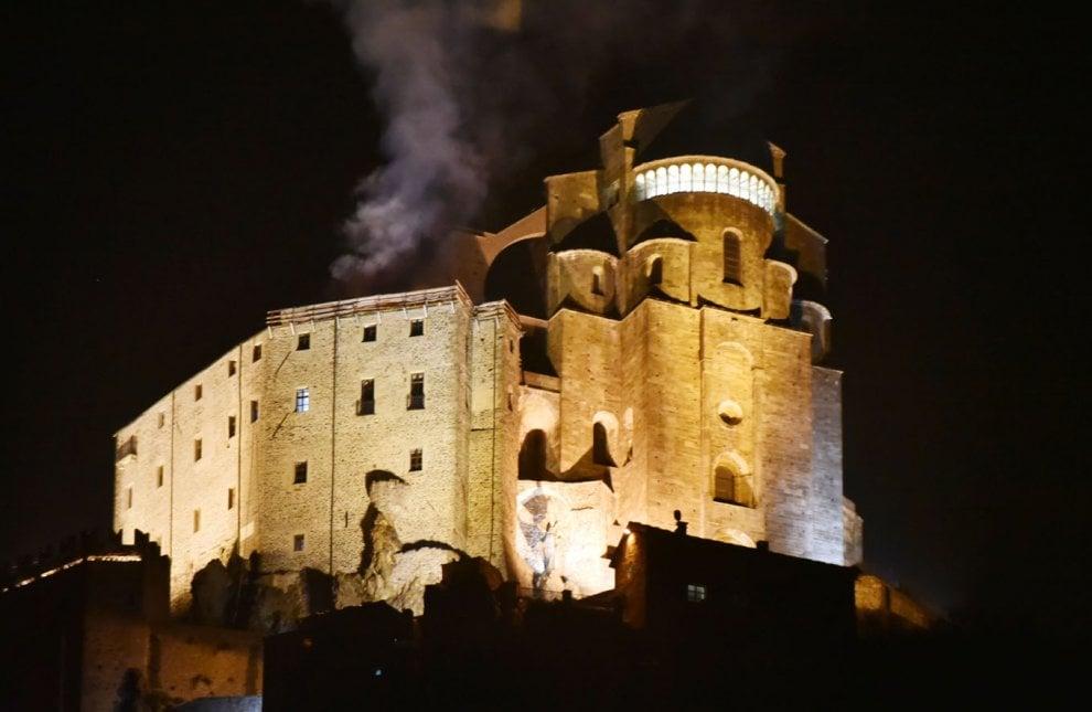 В Италии горело аббатство из знаменитого романа Умберто Эко.Вокруг Света. Украина