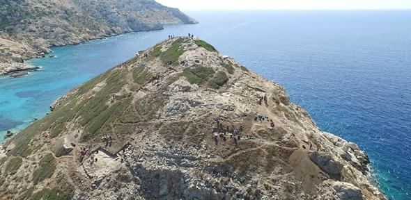 Под греческим островом-пирамидой обнаружили древнюю мастерскую
