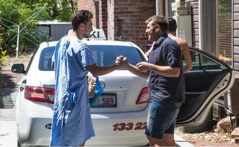 В Австралии туристы отравились полученным по почте белым порошком