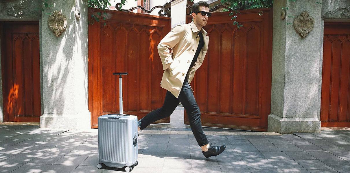 Туристам предлагают беспилотные чемоданы.Вокруг Света. Украина