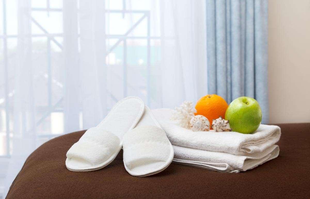 Чем грозит кража тапочек и полотенец из отеля?