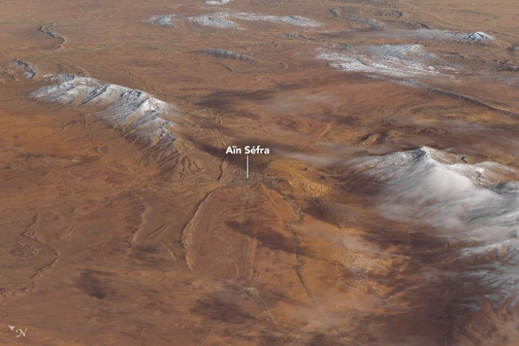 В Сахаре выпал снег: NASA показало фото с орбиты