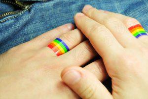 Однополые супруги-москвичи провели в браке меньше суток