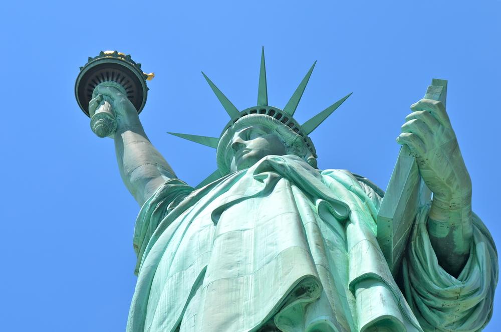 В Нью-Йорке закрылась Статуя Свободы